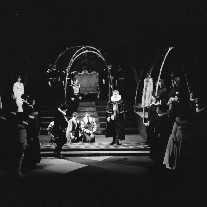 Giuseppe Verdi: Don Carlos (režie: Jaroslav Ryšavý) - JD České Budějovice 1967 (foto archiv JD České Budějovice)