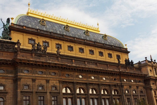 Národní divadlo Praha (zdroj publicdomainpictures.net)