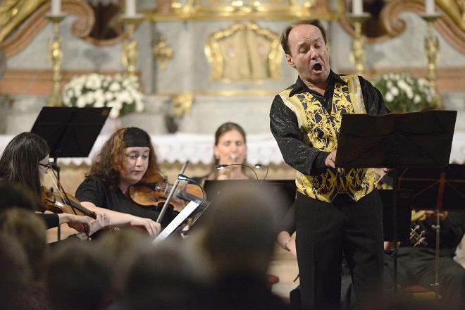Lesk a virtuozita árií českého klasicismu - Roman Janál, Musica Florea - Svatováclavský hudební festival 2016 (foto Ivan Korč)