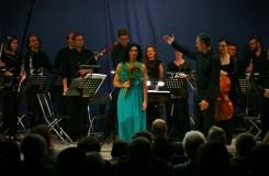 BCO hraje asociace - Irena Troupová, Brno Contemporary Orchestra, Pavel Šnajdr - Dům umění města Brna 2016 (foto Brno Contemporary Orchestra)