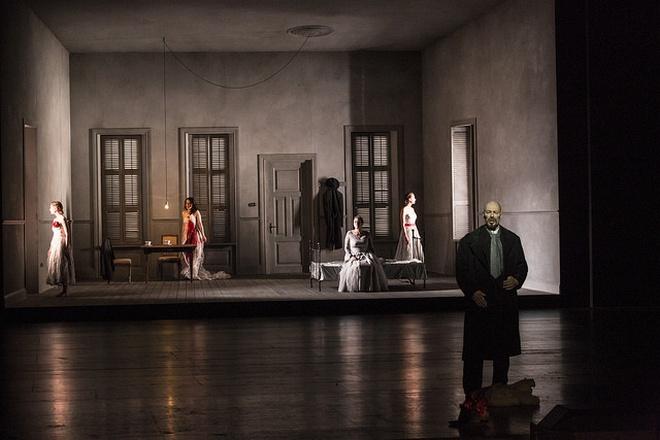 B. Bartók: Modrovousův hrad / A. Schoenberg: Očekávání - GöteborgsOperan (foto © Opera Göteborg / Mats Bäcker)