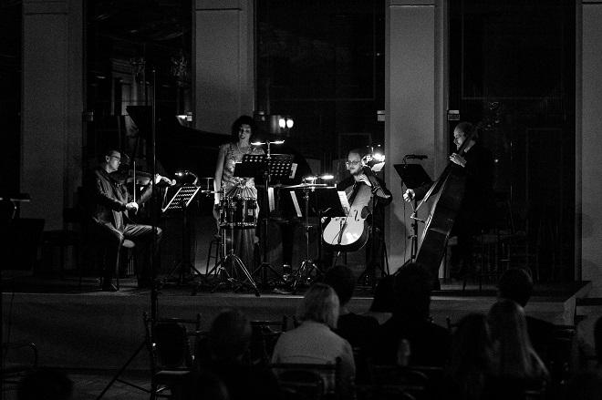 Konvergence a Irena Troupová - Expozice nové hudby 2016 - 23. 10. 2016 (zdroj Filharmonie Brno)