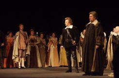 Gaetano Donizetti: Lucia di Lammermoor - Ján Babjak (Artoro), Jozef Kundlák (Edgardo), Gustáv Beláček (Raimondo) - SND Bratislava (zdroj SND)