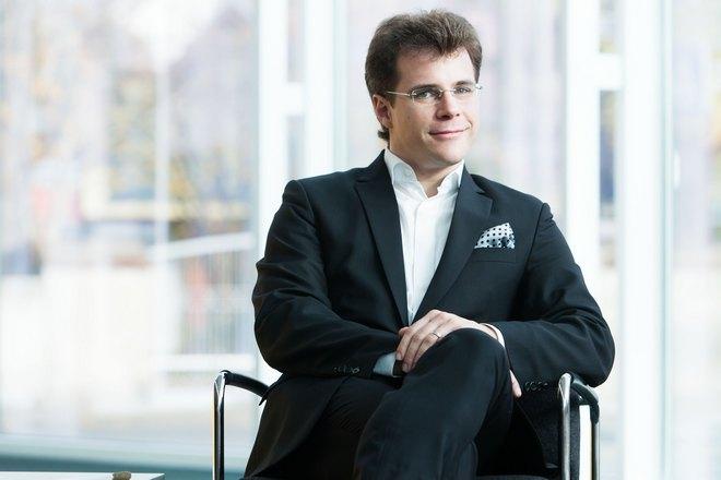 Jakub Hrůša (foto © Andreas Herzau)