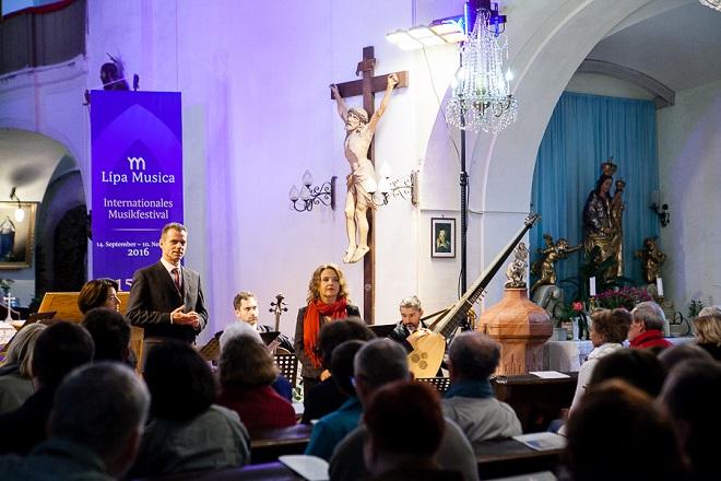 Adam Michna z Otradovic: Loutna česká - Gabriela Eibenová, Adam Viktora, Daniela Čermáková, Ensemble Inégal - Lípa Musica 2016 (foto Lukáš Pelech Atelier)