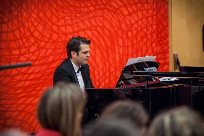 Janáček Brno 2016 - Arnold Schoenberg Chor, sbormistr Erwin Ortner - divadlo Reduta Brno (foto © Janáčkova opera NdB / Jakub Jíra)