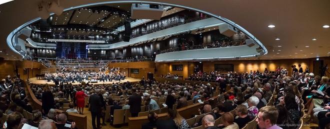 NFM Filharmonia Wrocławska - Narodowe Forum Muzyki Wrocław 7.10.2016 (foto Bogusław Beszłej)