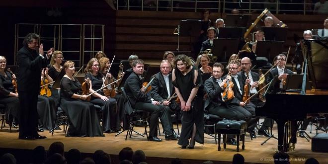 NFM Filharmonia Wrocławska, Giancarlo Guerrero, Sofya Gulyak - Narodowe Forum Muzyki Wrocław 7.10.2016 (foto Bogusław Beszłej)