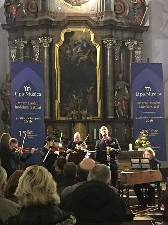 Pomozte nám slyšet - Vilém Veverka, Ensemble 18+ - Lípa Musica 2016 (foto Lípa Musica)