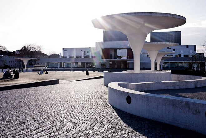 Staatstheater Darmstadt (zdroj commons.wikimedia.org/LottermannFuentes)