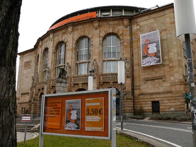 Theater Freiburg (zdroj commons.wikimedia.org/Maurice Korbel)