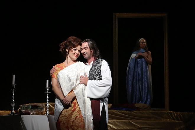 G. Puccini: Tosca - Jolana Fogašová (Tosca), Paolo Lardizzone (Cavaradossi) - Štátna opera Banská Bystrica 2016 (foto Štátna opera Banská Bystrica)