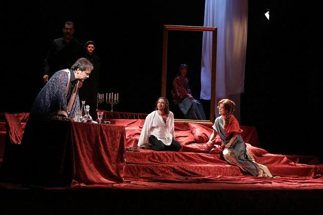 G. Puccini: Tosca - Šimon Svitok (Scarpia), Paolo Lardizzone (Cavadarossi), Jolana Fogašová (Tosca) - Štátna opera Banská Bystrica 2016 (foto Štátna opera Banská Bystrica)