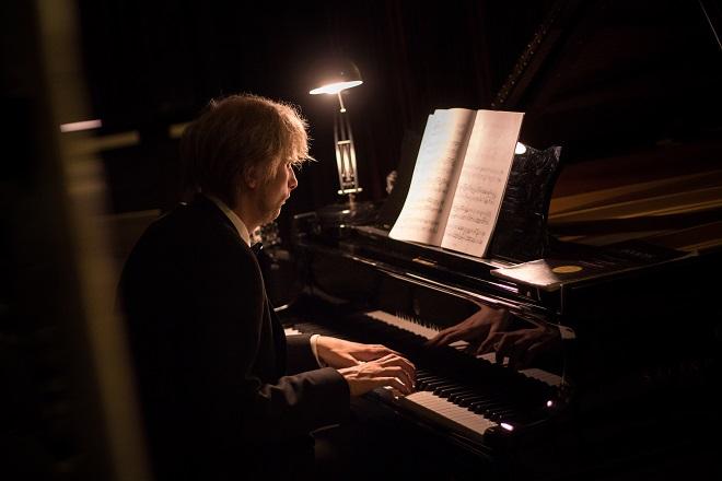 Ivo Kahánek - Janáček Brno 2016 - vila Tugendhat 14. 10. 2016 (foto © festival Janáček Brno / Jakub Jíra)