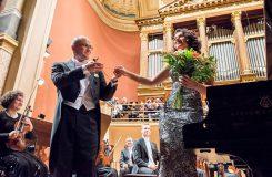 Česká filharmonie s Ondřejem Vrabcem v polovičních barvách