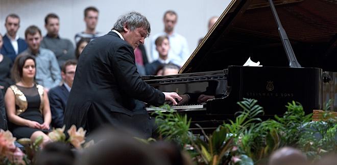 Klavírny recitál - Boris Berezovsky - BHS 22.11.2016 (foto © Jan F. Lukáš)