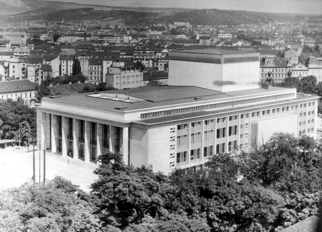 Janáčkovo divadlo - 1965 (zdroj NDB)
