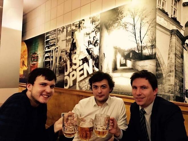 Krásné setkání v české restauraci Bohemian Spirit v New Yorku (foto archiv autora)