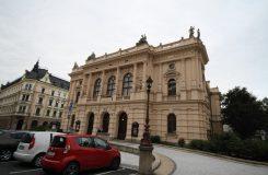 Liberec chce do 10 let opravit divadlo. Z čeho se 100 milionů zaplatí, ale radnice zatím neví