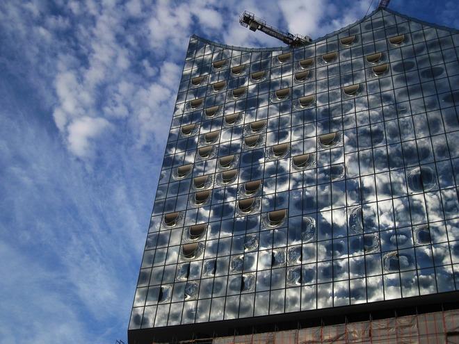 Elbphilharmonie Hamburg (zdroj pixabay.com)