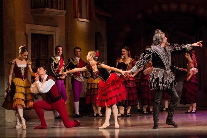 L. Minkus: Don Quijote - Moravské divadlo Olomouc - 4. 11. 2016 (zdroj moravskedivadlo.cz)
