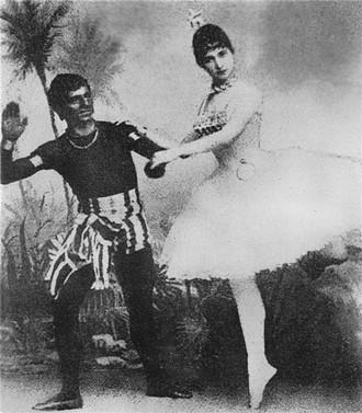 Romualdo Marenco: Excelsior - Augustin Berger (Otrok), Giulietta Paltrinieri (Civilisace) - ND Praha 1885 (foto archiv ND Praha)