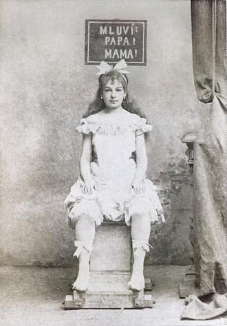 Joseph Bayer: Královna loutek - Enrichetta Grimaldiová (Bébé) - ND Praha 1891 (foto archiv ND Praha/J. Tomáš)