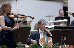 Drážďanská a Slovenská filharmonie, Michael Sanderling a James Conlon. BHS skončily