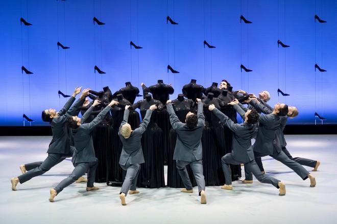 Sergej Prokofjev: Cendrillon - ansámbel - Wiener Staatsballett 2016 (foto Wiener Staatsballett/Ashley Taylor)