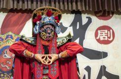 Na prahu roku Ohnivého Kohouta o barvitém světě čínské opery