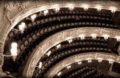 A o čem ta opera vlastně je aneb O českých operních průvodcích