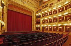 Stávková pohotovost v Národním divadle trvá, odboráři z operního sboru jsou prý přetíženi a hrozí stávkou