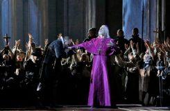 Don Carlos v moskevském Velkém divadle: Velká tragická opera ve velkém provedení
