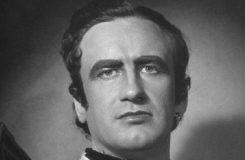 Úspěšný tenor z Národního, který dobrovolně odešel do zákulisí, aby proslavil druhé