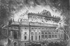 Nahlédněte do nitra hořícího Národního divadla