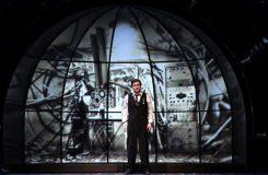 Stále brizantní operní výbušnina aneb Deset důvodů, proč vidět Kašlíkův Krakatit