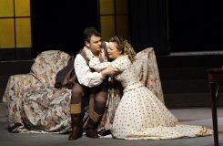 Traviata hodná zapamatování. Julia Novikova a Dmytro Popov v Národním divadle