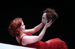 Jolana Fogašová zpívá Salome v Catanii. A řada dalších aktualit v Operním kukátku
