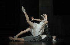 Ani Shakespeare, ani Prokofjev. Romeo a Julie Natálie Horečné v SND