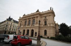 Liberecké divadlo je ve špatném stavu. Kdo zaplatí mnohamilionovou rekonstrukci?
