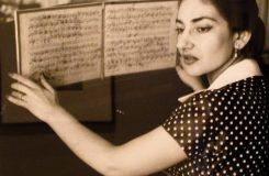 Jaký byl soukromý život Marie Callas? V Řecku vystavují osobní věci slavné primadony