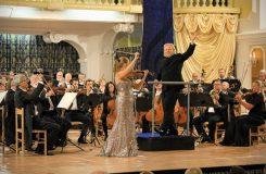 Dvořák hodný rozhlasových symfoniků, sólistka v Mendelssohnovi ale nepřesvědčila