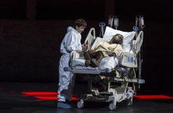 Smíření na jednotce intenzivní péče: Mozartův Titus v Salcburku