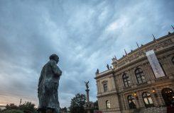 Dvořákova Praha uctí památku Jiřího Bělohlávka a také skladatelova vnuka