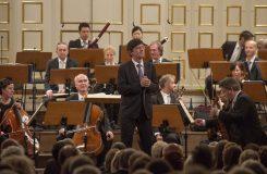 Znovu na Salcburském festivalu: Václav Luks řídil tamní Mozarteumorchester