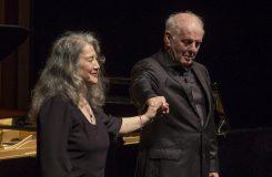 Martha Argerich a Daniel Barenboim na Salcburském festivalu. Notebook Michala Maška (44)