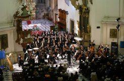 Nestandardní zahájení filharmonické sezony v Brně