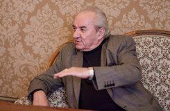 Jsem šťastný, že jsem nešťastný. Dirigent Ondrej Lenárd slaví pětasedmdesátiny
