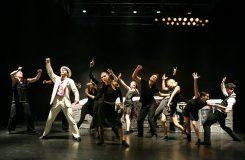 Mafiánské taneční hody s DekkaDancers
