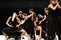 Batsheva Dance Company Tel Aviv: Naharin provokuje nejen progresívním tancem